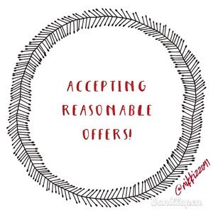 ⚡️Bundle & make an offer!!!